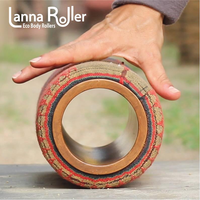 Lanna-Roller-Natural-Foam-Roller-grab-n-roll+logo